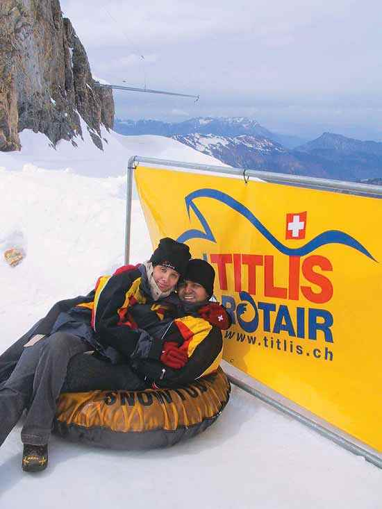 Mr and Mrs Sehwag: Virender with wife Aarti at their honeymoon