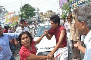 Meerut: Bystanders And A Braveheart