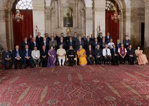 President Pranab Mukherjee, Prime Minister Narendra Modi and HRD Minister Smriti Irani at group photo session with Chairmen, Board of Governors and Directors of Indian Institute of Technology during a conference at Rashtrapati Bhavan in New Delhi.