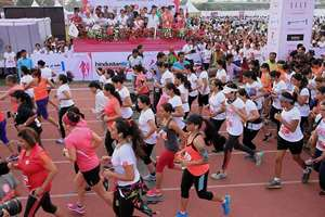 The SBI Pinkathon was held today to create awareness on breast cancer in New Delhi.