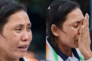 Indian Boxer Lalshram Sarita Devi in tears after she was knocked out in a controversial semi final match at the Asian Games in Incheon.