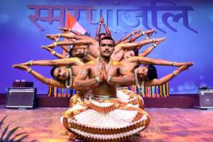 Artist perform during the 50th Anniversary of 1965 War Celebration, in New Delhi.