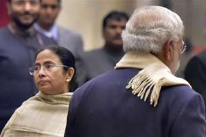 Prime Minister Narendra Modi and West Bengal Chief Minister Mamata Banerjee during a banquet hosted in the honor of Bangladesh President M Abdul Hamid at Rashtrapati Bhavan in New Delhi.