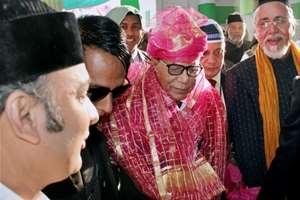 Bangladesh President Abdul Hamid during his visit to the holy Shrine of Khwaja Moinuddin Chishti in Ajmer.