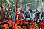 Supporters during the protest by Janta Parivar against Modi govt at Jantar Mantar, in New Delhi.