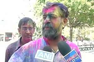 Its the day of Holi, lets move ahead: Yogendra Yadav when asked about rift in AAP