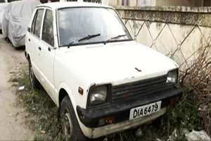 The first ever Maruti 800 to be sold in India on December 4, 1983, now lies unused for over a year in Delhi's posh Green Park. Harpal Singh, a resident of Delhi, became the first ever customer of the M800 after he won the allotment for the car through a lucky draw. The keys of the car were handed over to him by the then Prime Minister Indira Gandhi on December 14, 1983. However, since the death of its owners, Harpal Singh and his wife Gulshanbeer Kaur, his two daughters, are unable to maintain the car. Yet, the family is emotionally attached to the car, and wants it to be kept in a museum