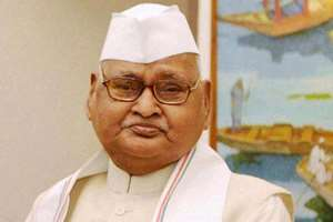 Vyapam scam: A day after registration of an FIR against him in a recruitment scam, the Centre has asked Madhya Pradesh Governor Ram Naresh Yadav to quit from the post. The Home Ministry has conveyed its decision in this regard to the Governor as he has been named in the case, adding that his position has become untenable in view of the FIR.