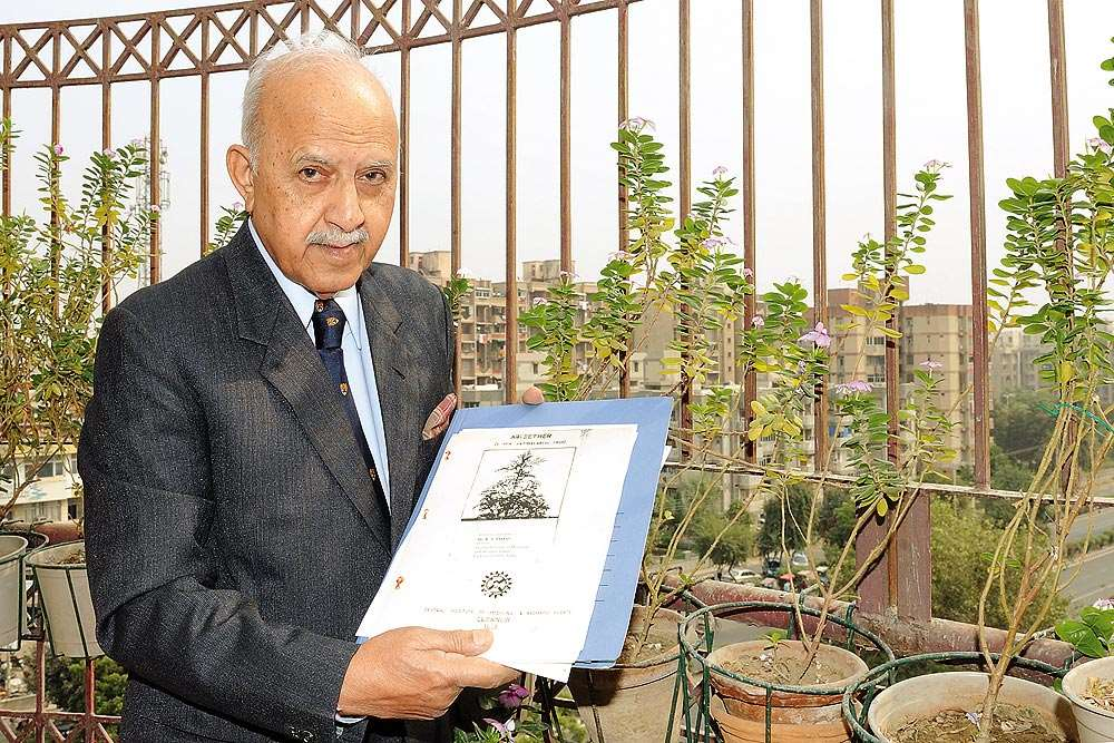Dr R. S. Thakur, Ex Director, CIMAP, India on Nobel Prize 2015 and Artemisia
